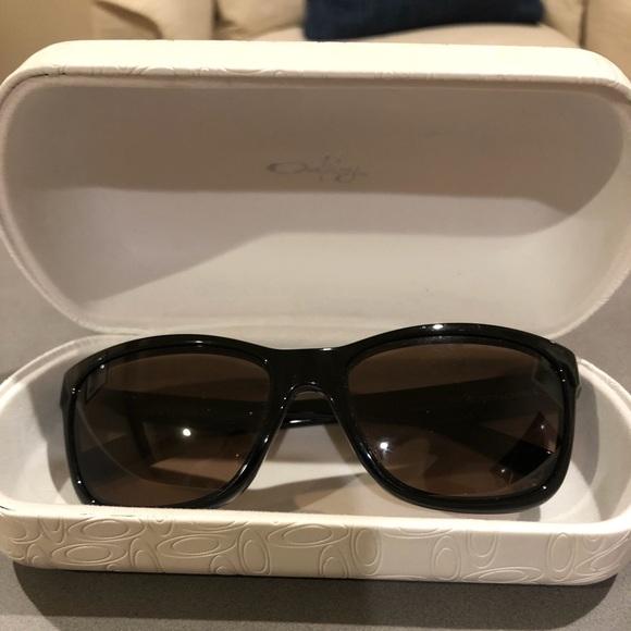 83ee4162830 Women s Polarized Oakley Forehand Sunglasses. M 5a3c4ff72ab8c58ff9000610